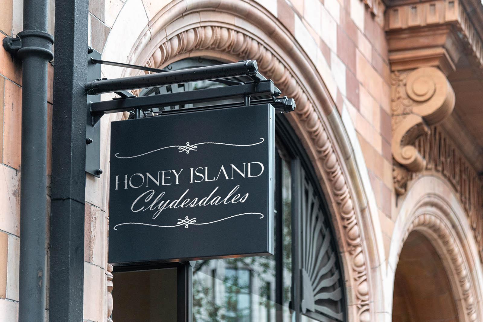 Honey Island Clydesdales logo
